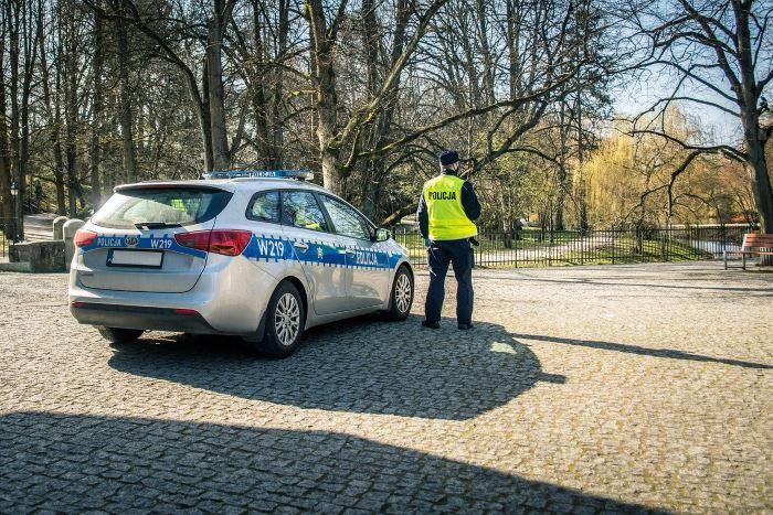 Policja Gdańsk: Zatrzymani za kradzież katalizatorów